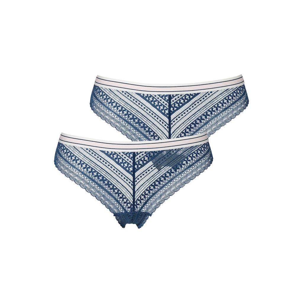 s.Oliver Bodywear Brasilslip, aus grafischer Spitze