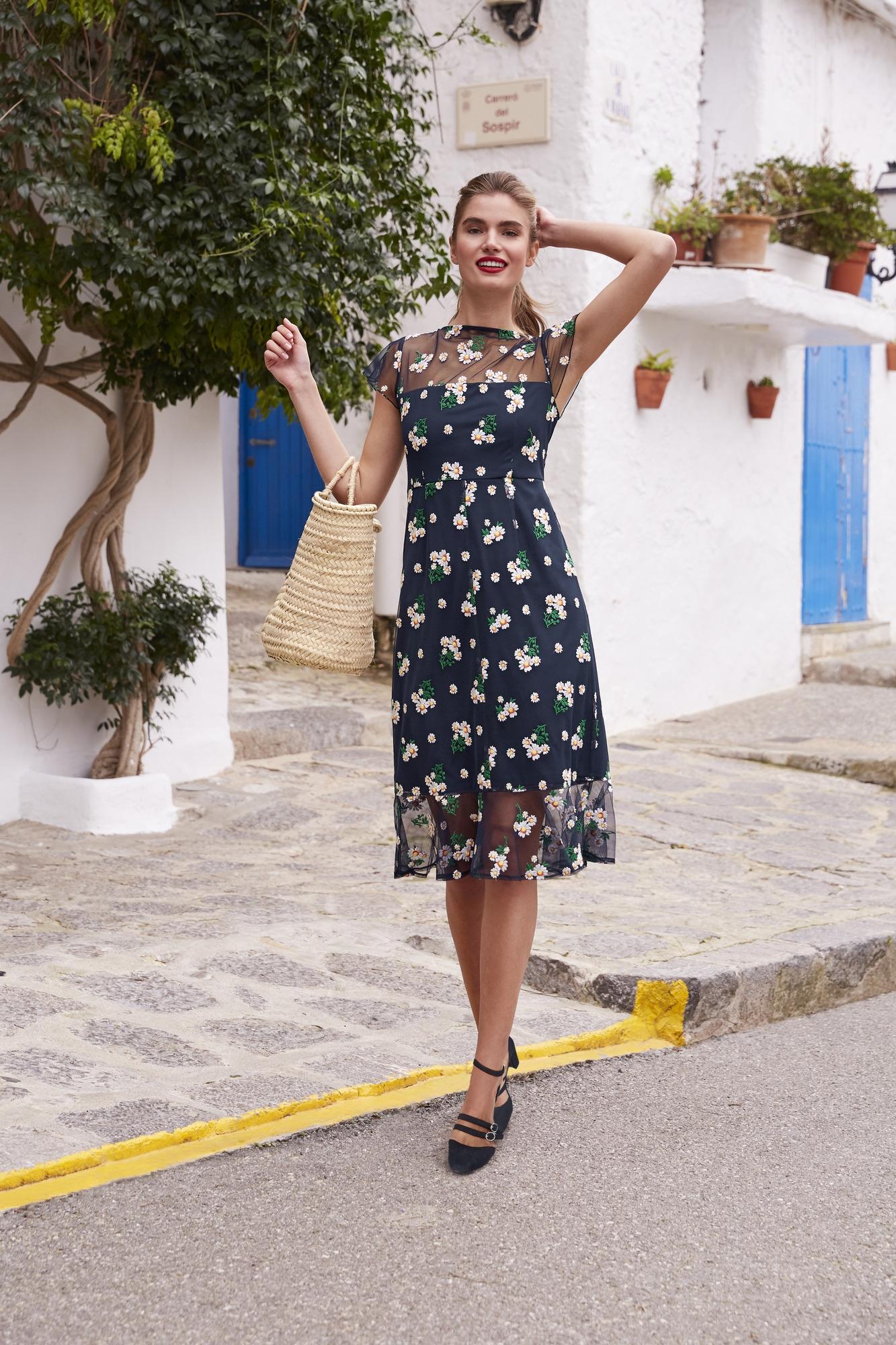 heine TIMELESS Kleid mit Stickerei