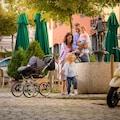 bergsteiger Kombi-Kinderwagen »Venedig, black & white dots, 3in1«, 15 kg, Made in Europe; Kinderwagen
