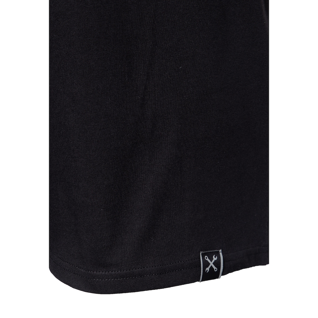 KingKerosin Print-Shirt »Lone Wolf«, mit Print auf der Brust und im Rücken