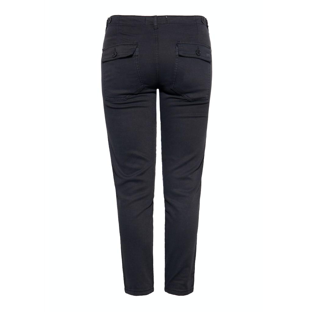 Way of Glory Regular-fit-Jeans, im legeren Design mit aufgesetzten Eingriff- und Gesäßtaschen