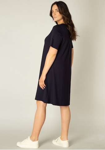 Base Level Curvy Shirtkleid »Abernathy«, In leicht ausgestellter Form kaufen