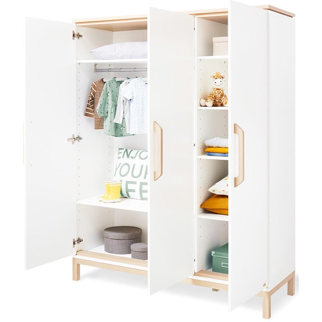Pinolino® Babyzimmer-Komplettset »Light«, (Set, 3 St.), breit groß; mit Kinderbett, Schrank und Wickelkommode; Made in Europe