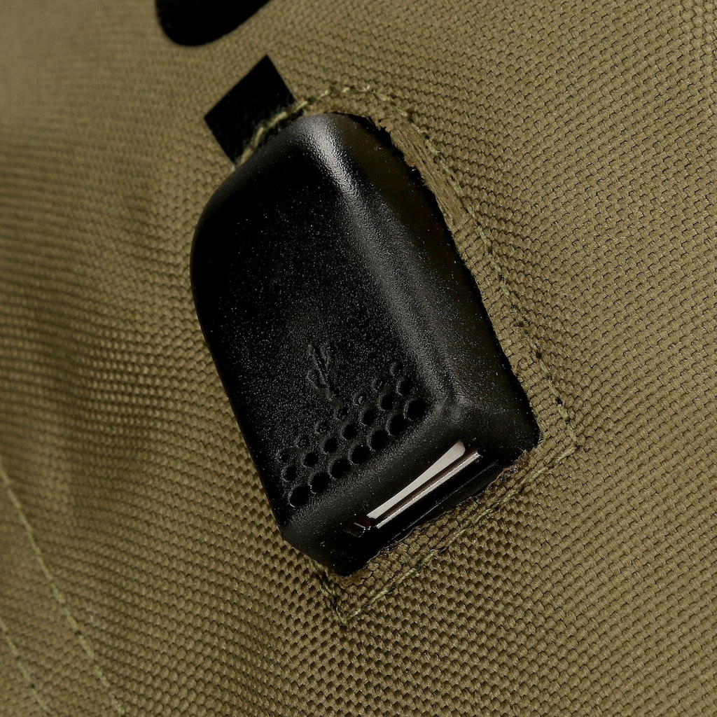 Pepe Jeans Laptoprucksack »Caden, grün«, mit USB-Anschluss und Kopfhörerausgang
