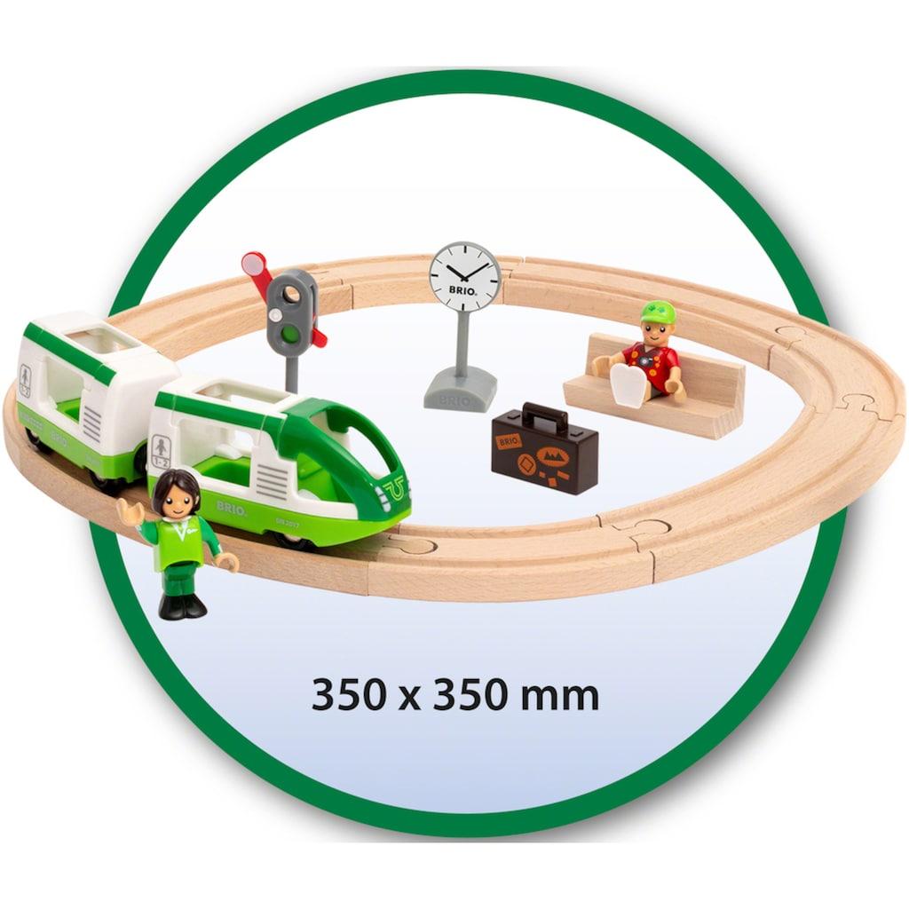 BRIO® Spielzeug-Eisenbahn »Starter Set Reisezug«, FSC® - schützt Wald - weltweit