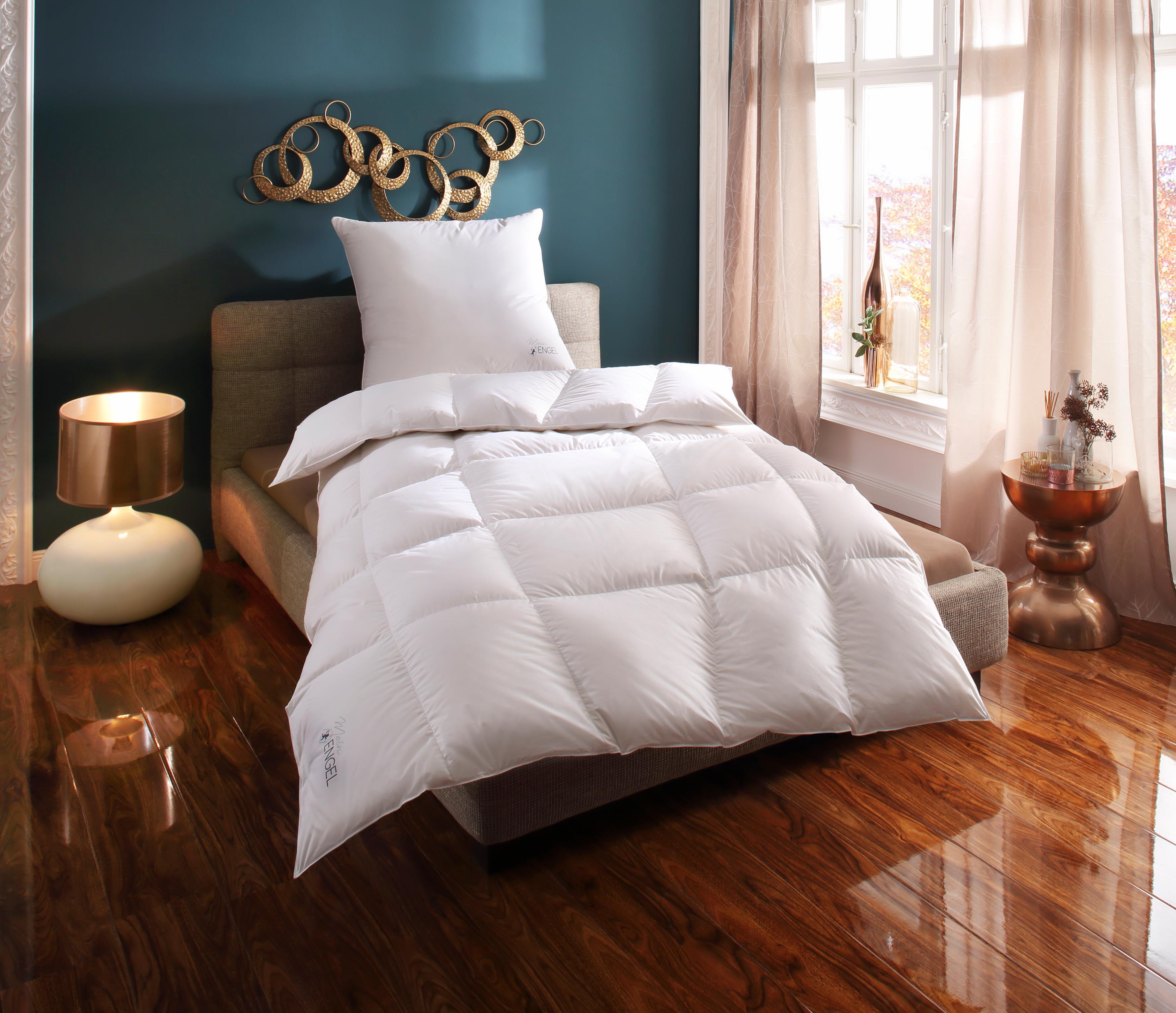 Daunenbettdecke Mein Engel Schlafstil warm Füllung: 100% Gänsedaunen Bezug: 100% Baumwolle