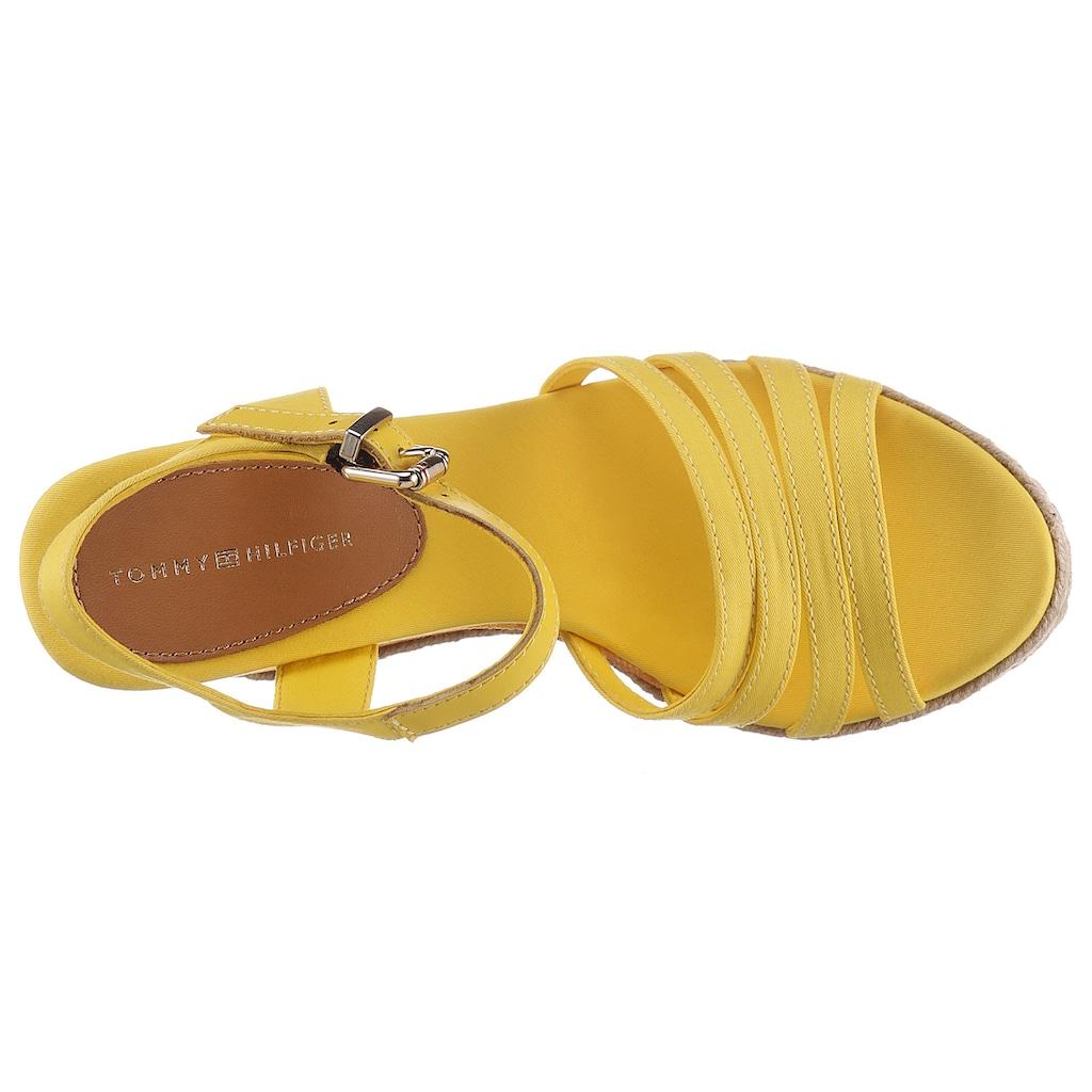 TOMMY HILFIGER High-Heel-Sandalette »TOMMY GRADIENT HIGH WDGE SANDAL«, mit gestreiftem Keilabsatz