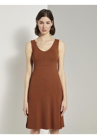TOM TAILOR Druckkleid »Gemustertes Kleid mit V - Ausschnitt« kaufen