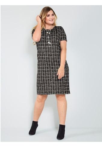 Sara Lindholm by Happy Size Kleid in Boucléoptik kaufen
