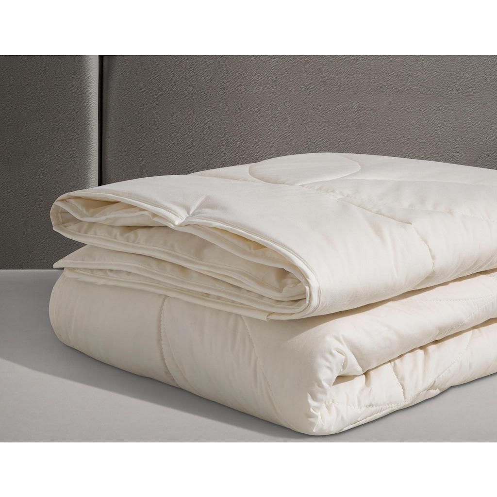 Beco Naturfaserbettdecke »Schurwolle 100«, 4-Jahreszeiten, Füllung 100% Schurwolle, Bezug 100% Baumwolle, (1 St.), natürliches Bettklima, Bezug aus reiner Baumwolle