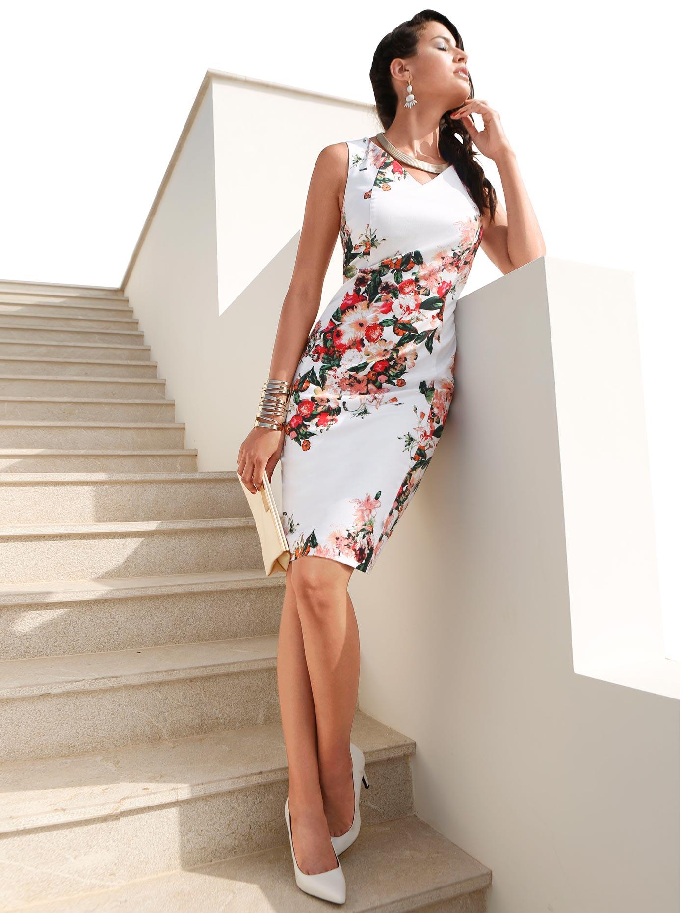Création L Kleid in Stretch-Qualität