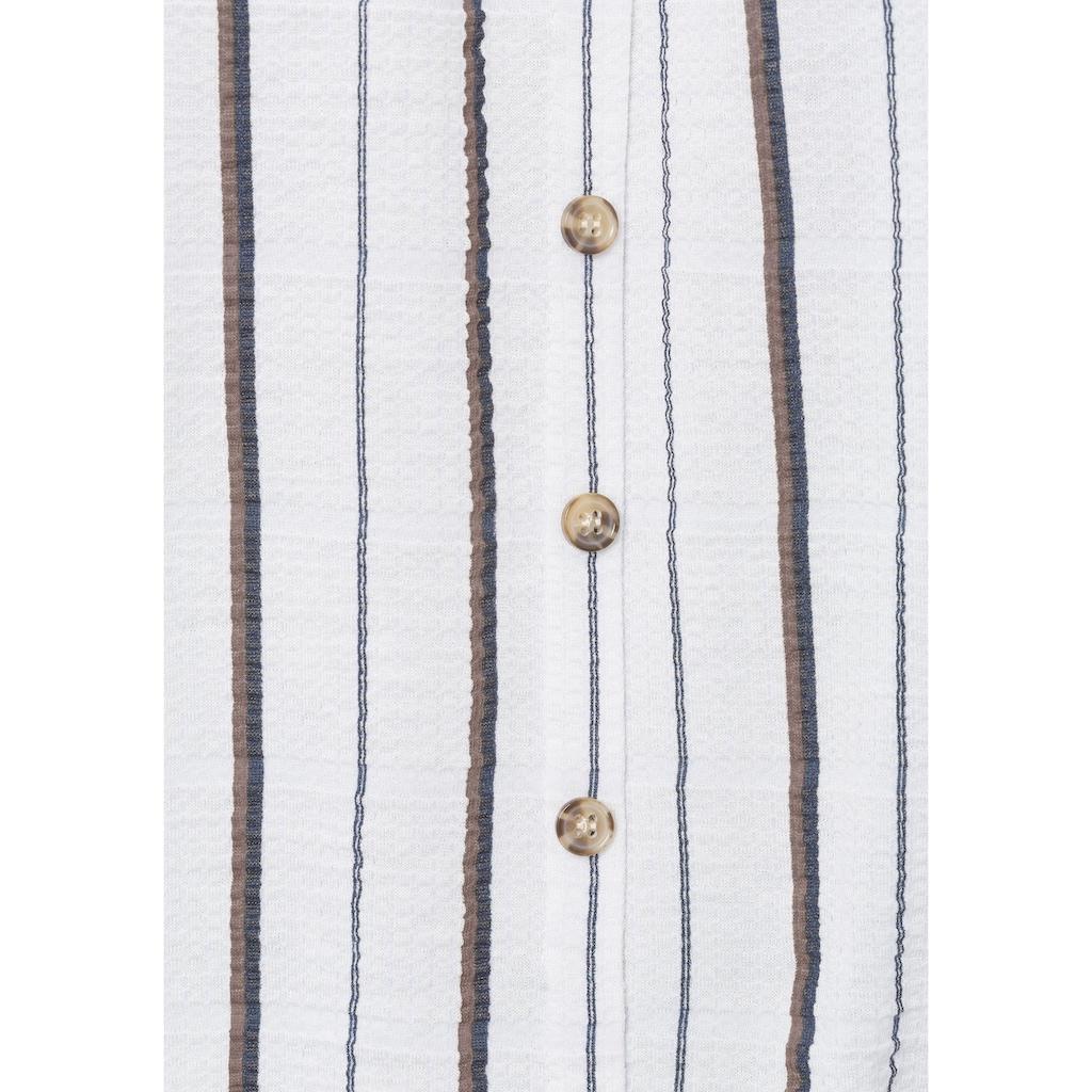 LASCANA Carmenshirt, mit Knöpfen in angesagter Hornoptik