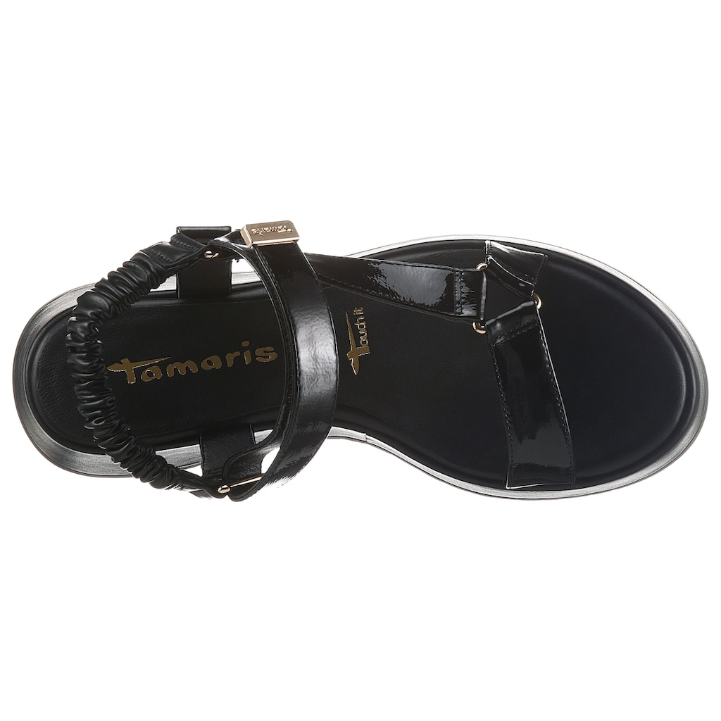 Tamaris Plateausandale »KLEA«, in glänzender Optik