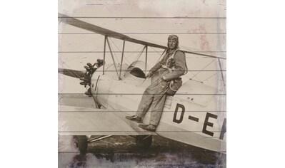 QUEENCE Holzbild »Altes Flugzeug mit Pilot«, 40x40 cm Echtholz kaufen