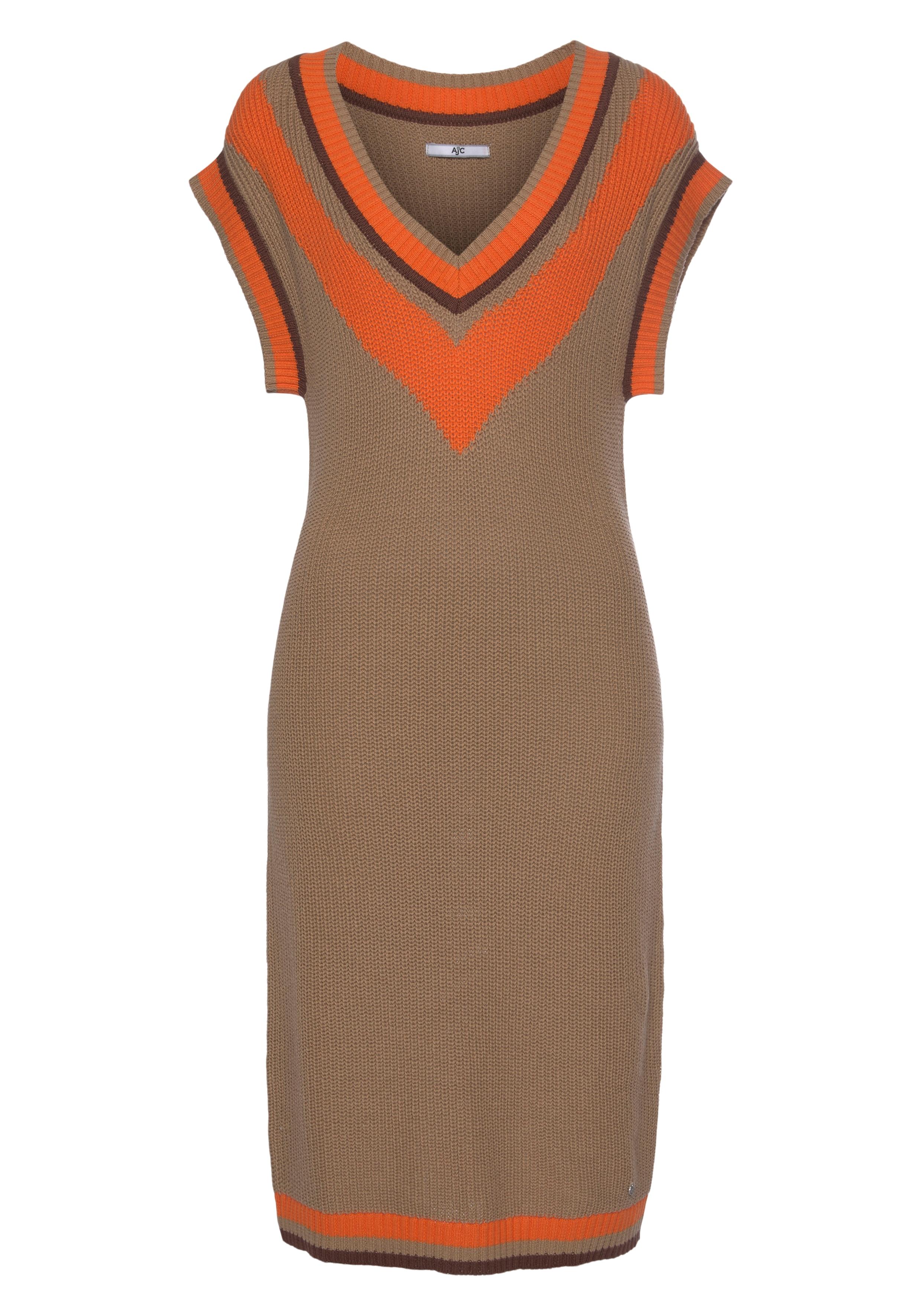 ajc -  Strickkleid, mit tiefem V-Ausschnitt und Konstraststreifen - NEUE KOLLEKTION
