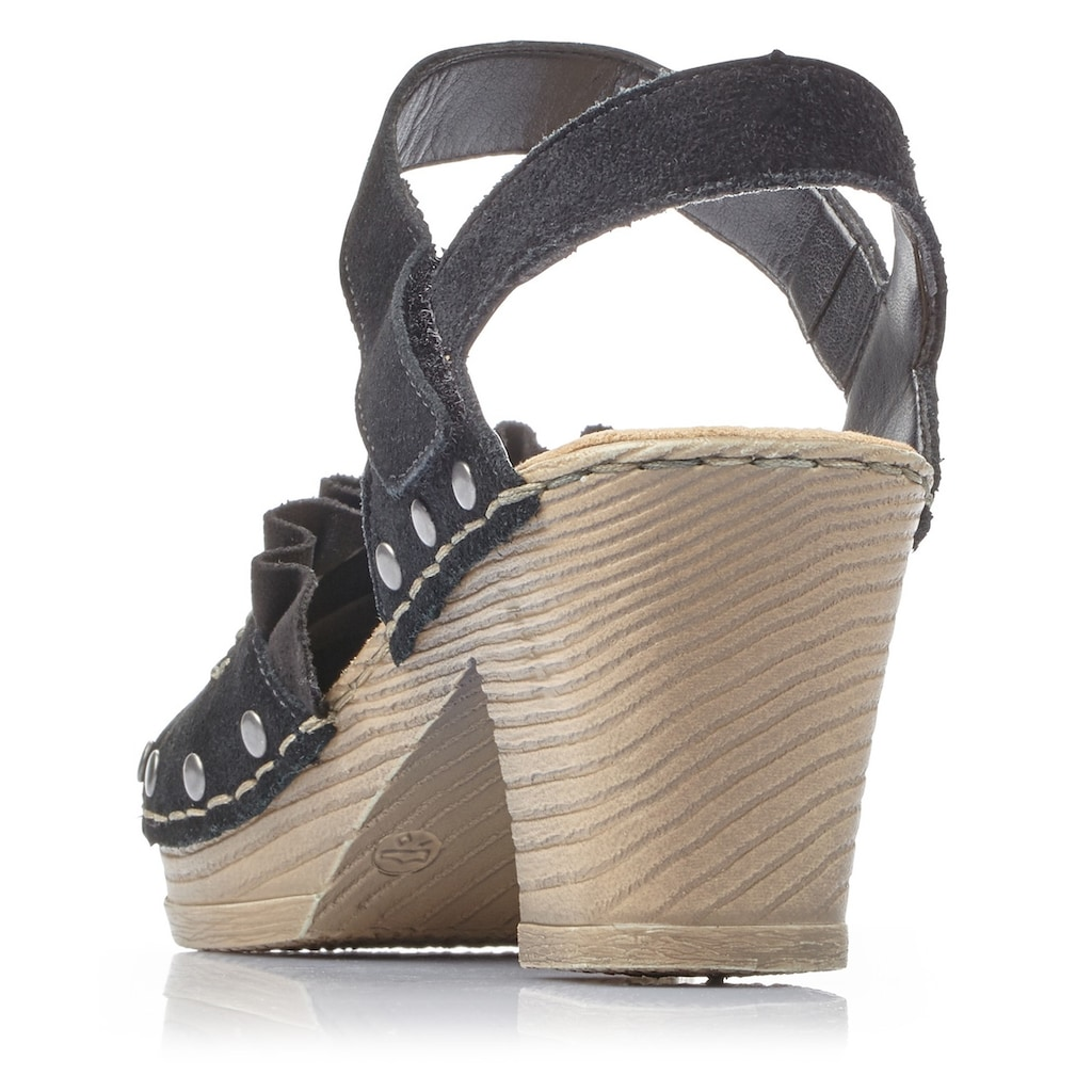 Rieker Sandalette, mit Nieten verziert