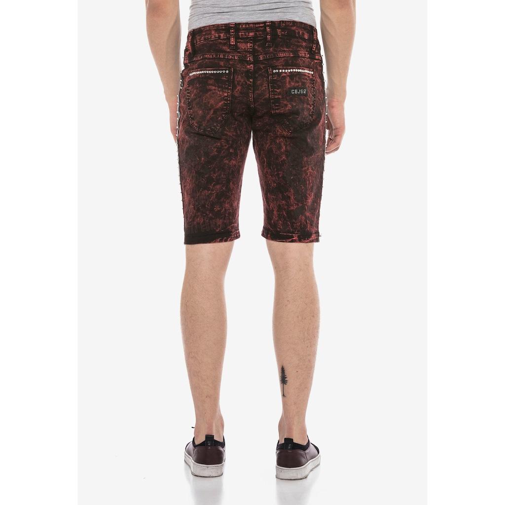 Cipo & Baxx Shorts, im Punk Batik-Look