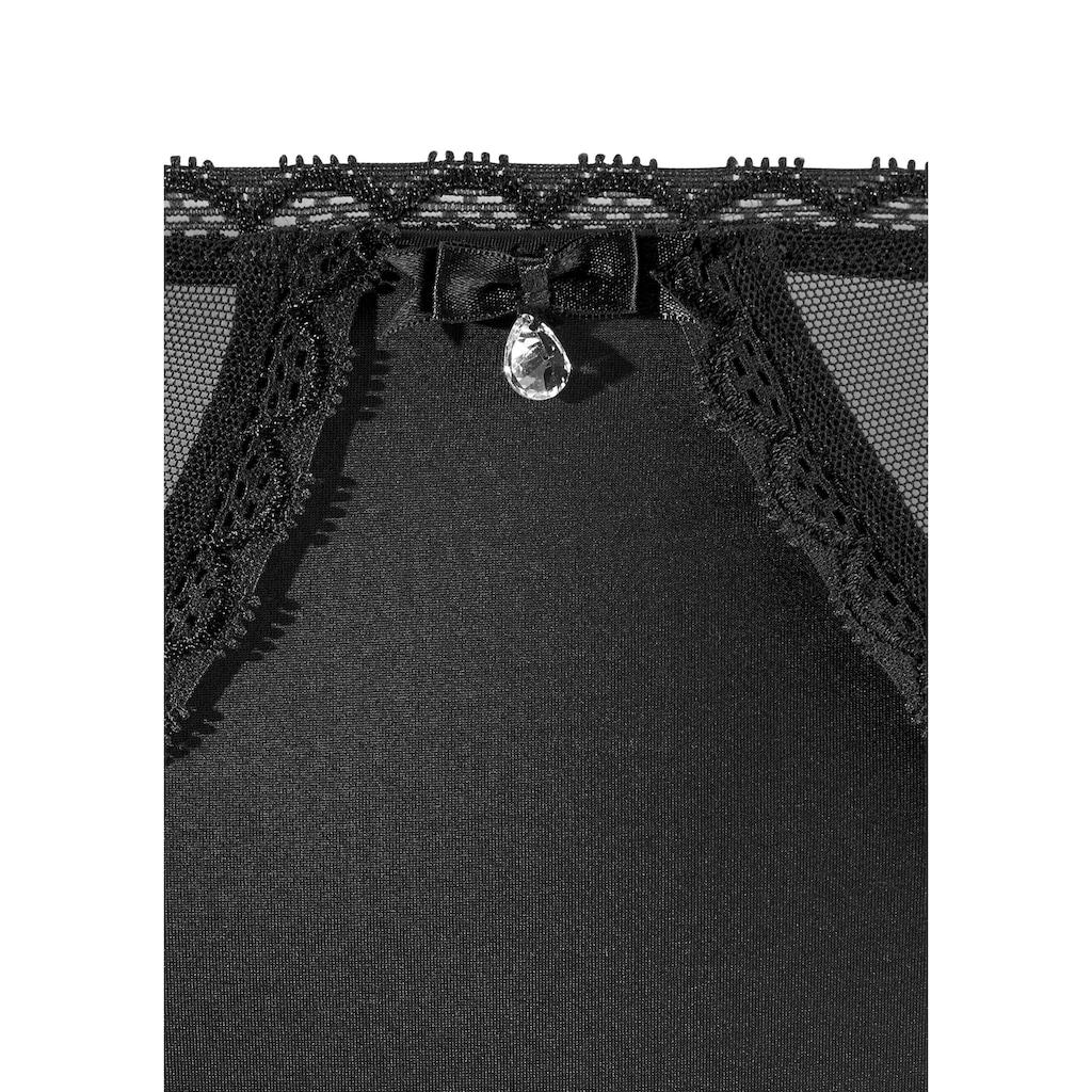 LASCANA Panty, mit schöner Stickerei-Spitze
