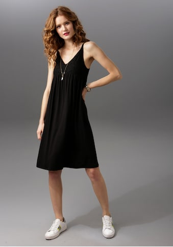 Aniston CASUAL Sommerkleid, mit Spitze verziert kaufen