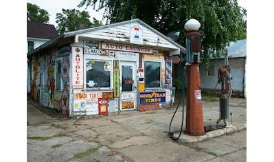 Papermoon Fototapete »Old Vintage Retro Gas Station« kaufen