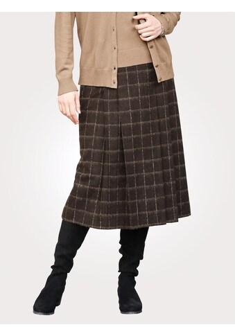 Mona Karorock, aus Wolltuch kaufen