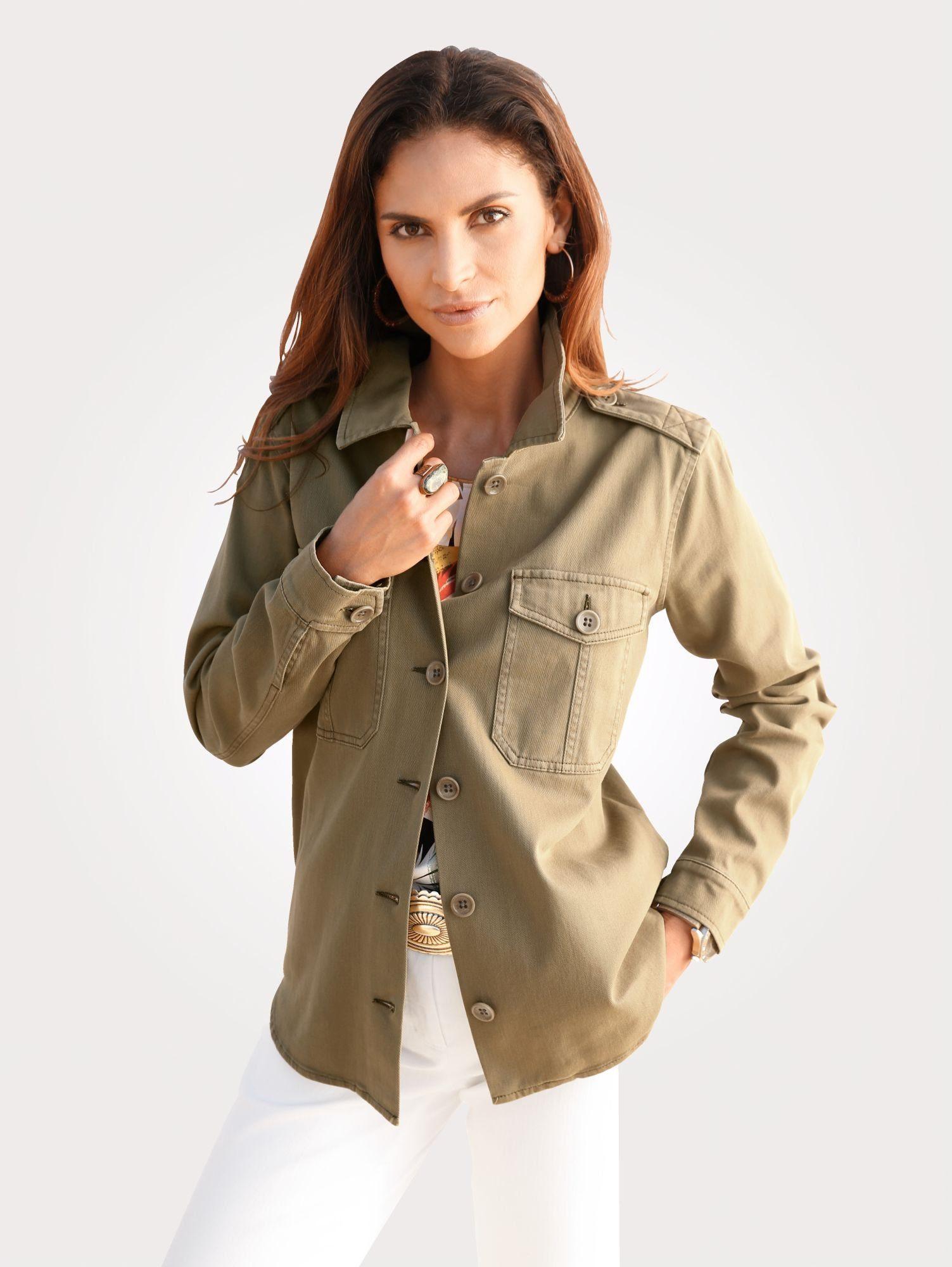 Mona Hemd aus hochelastischer Baumwoll-Qualität