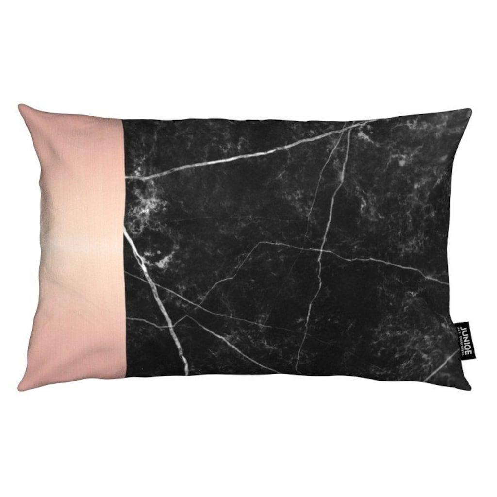Juniqe Dekokissen »Black Marble Pink Edition«, Weiches, allergikerfreundliches Material
