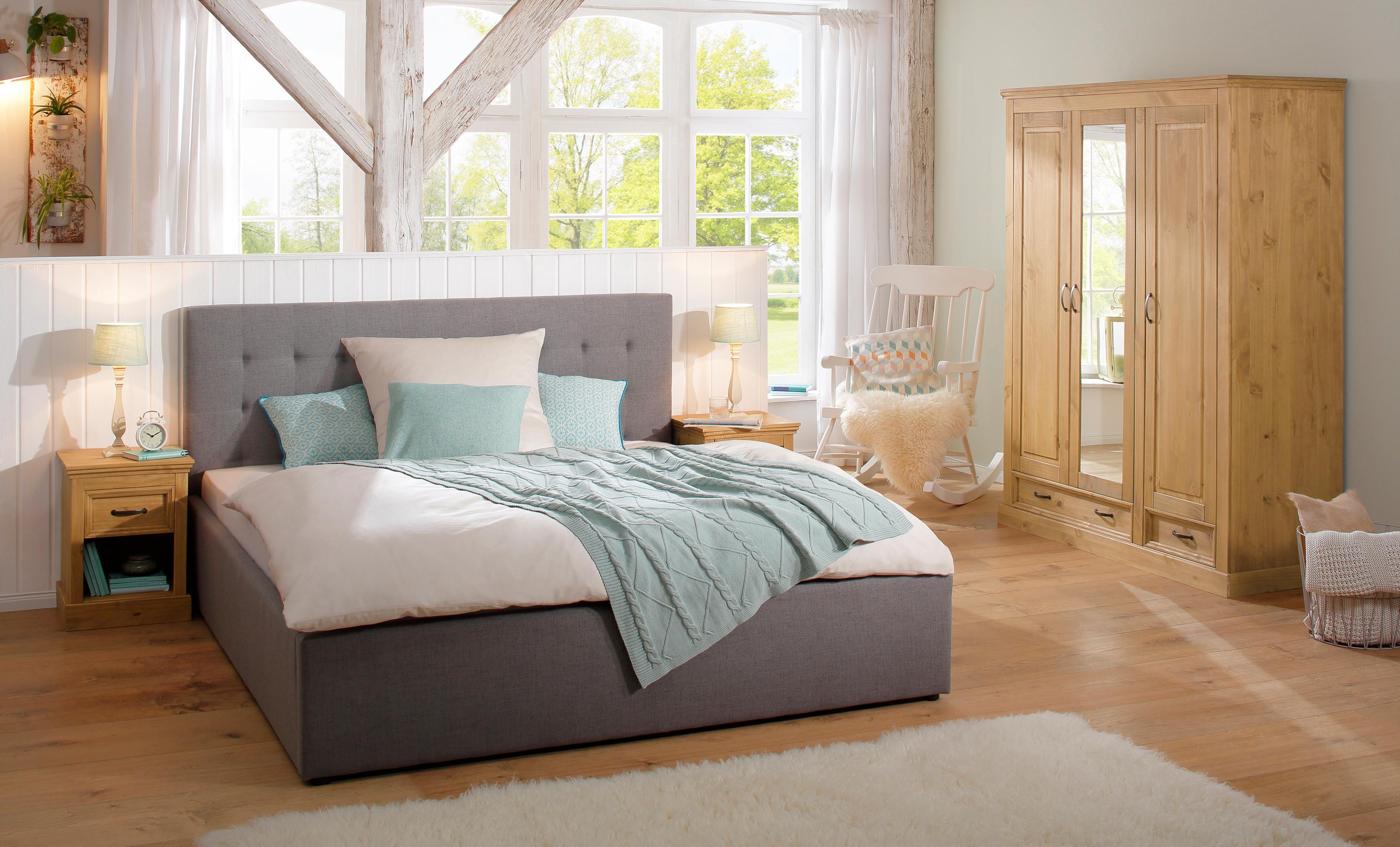 Home Affaire 3-türiger Kleiderschrank Selma für das Schlafzimmer aus massiven Holz Höhe 190 cm